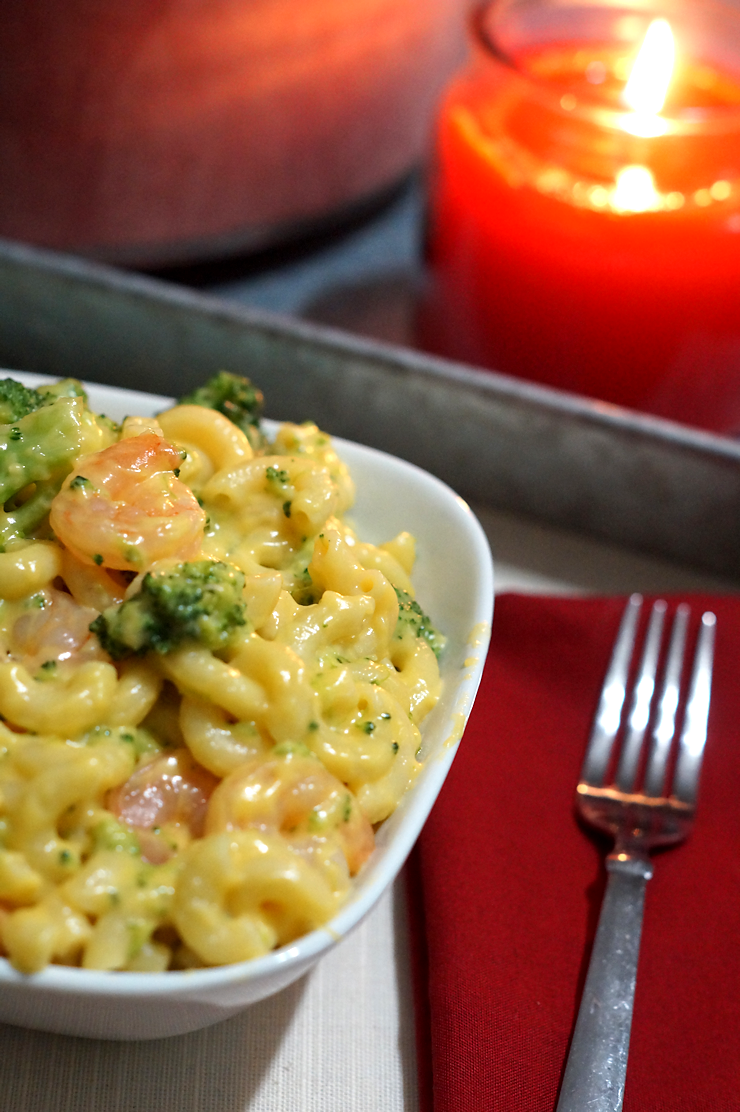 Simple Meal: Cheesy Shrimp and Broccoli Pasta Bowl