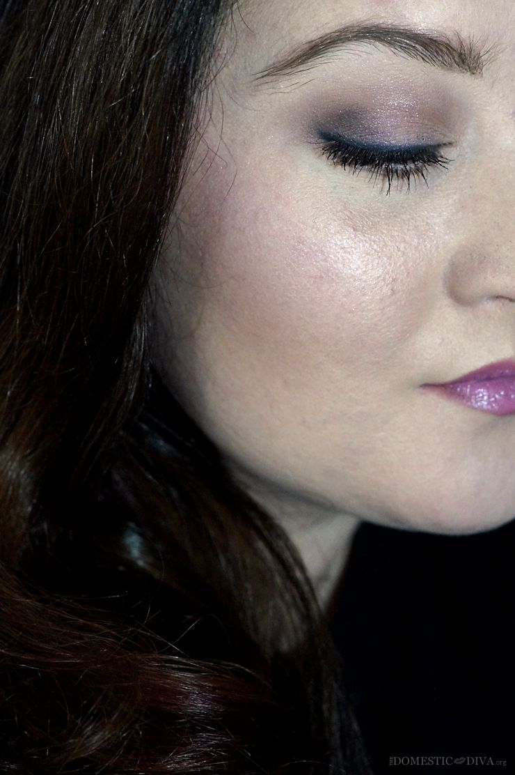 New at the Drugstore: Wet N Wild Coloricon Ombre Blush- In a Purple Haze Swatch