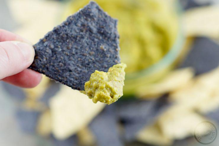The Easiest Homemade Guacamole Recipe - How to make guacamole at home