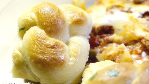 Irresistible Garlic Knots Recipe
